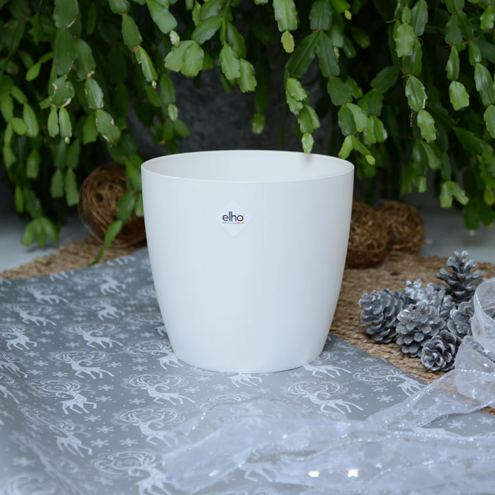 Elho® Round White Pot