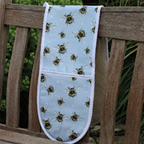 Bumble Bee Oven Gloves