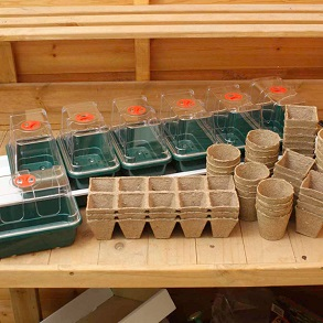 Super 7 Electric Propagator + over 100 Free Growing Pots
