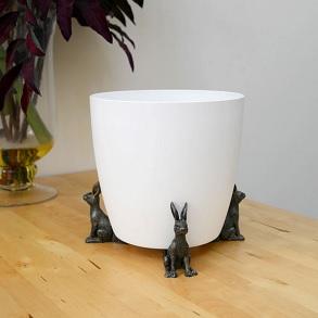 Verdigris Hare Pot Feet