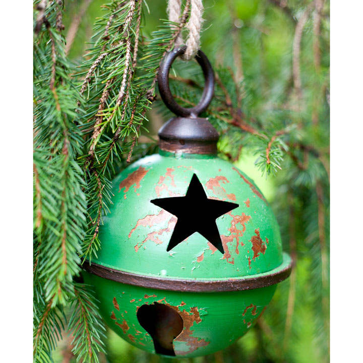 Large Star Design Metal Bauble - Green