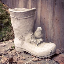 Bird on Wellie Garden Decoration