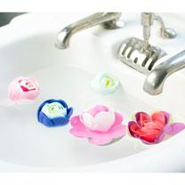 Sweet Pea and Honeysuckle Bathing Flowers