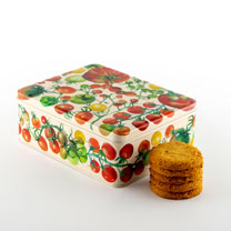Tomato Tin with Biscuits