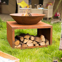 Moho Oxidised Steel Firepit with Steel Stand