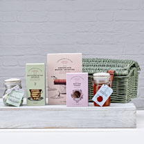 South Dalton Luxury Hamper