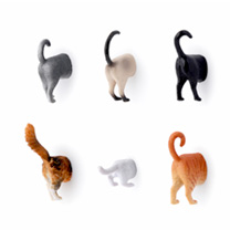 Your fridge will stand out from all the rest with these hilarious and silly cat magnets. Set of 6 assorted designs.
