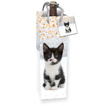 Make those presents extra special with a value pack of 8 assorted gift and bottle bags. Mixed cat designs, 4 bottle and 4 gift. Gloss finish and rope