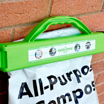 Ideal for carrying, pouring from and then sealing bags of compost, fertilisers, grass seed, pet food, etc. The built-in handle allows you to carry bag