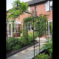Image of Gothic Arch 1.5m with Lattice & Patio Feet
