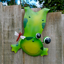 Animal Fence Hanger - Frog